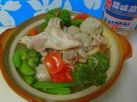 豬五花蕃茄火鍋[牛頭牌高湯]