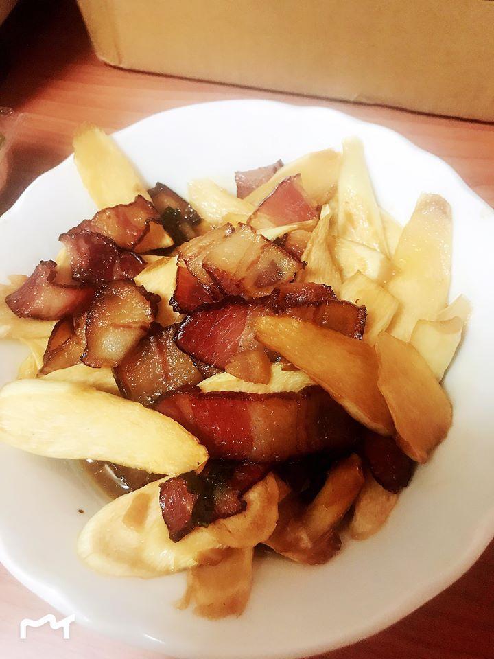 【皇兒廚藝♥】筊白筍炒臘肉 超下飯♥