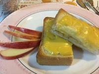 烤布丁蘋果厚片吐司