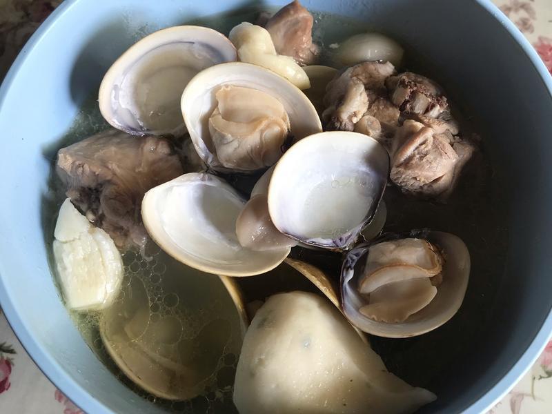 ♡蒜頭蛤蜊雞湯♡