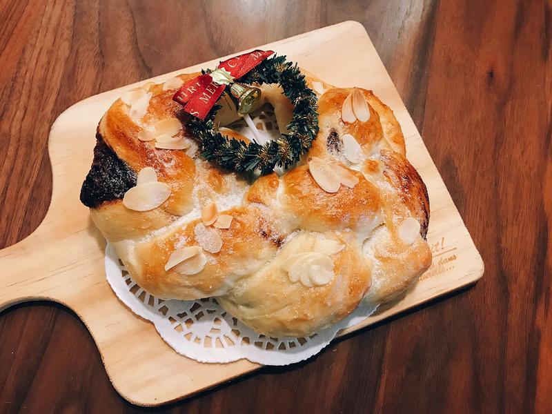 聖誕花圈麵包