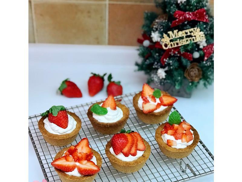 【低碳低醣生酮】🎄聖誕草莓乳酪塔🎄