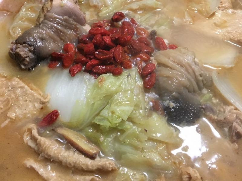麻油雞湯鍋