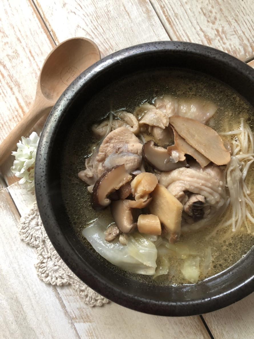 冬至進補 菜菜香菇麻油雞湯(瓦斯爐版)
