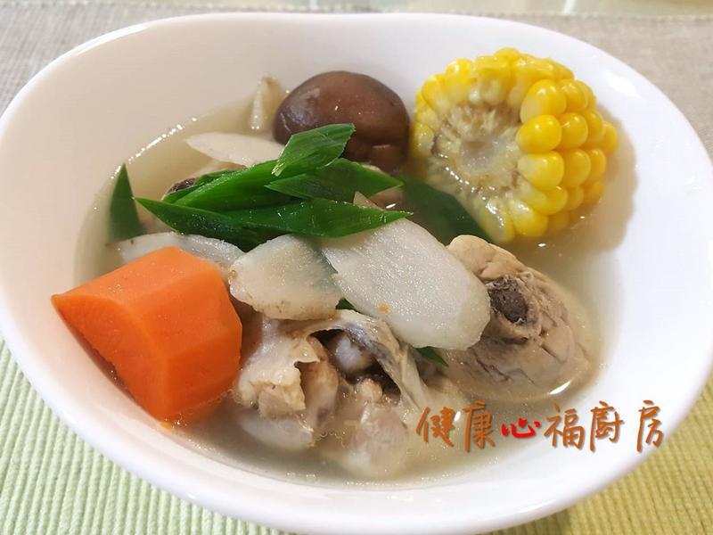 【阿公好料】清香甜牛蒡雞湯