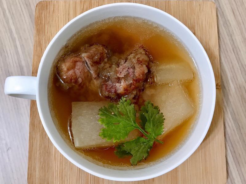 [電鍋料理]冬瓜排骨酥湯