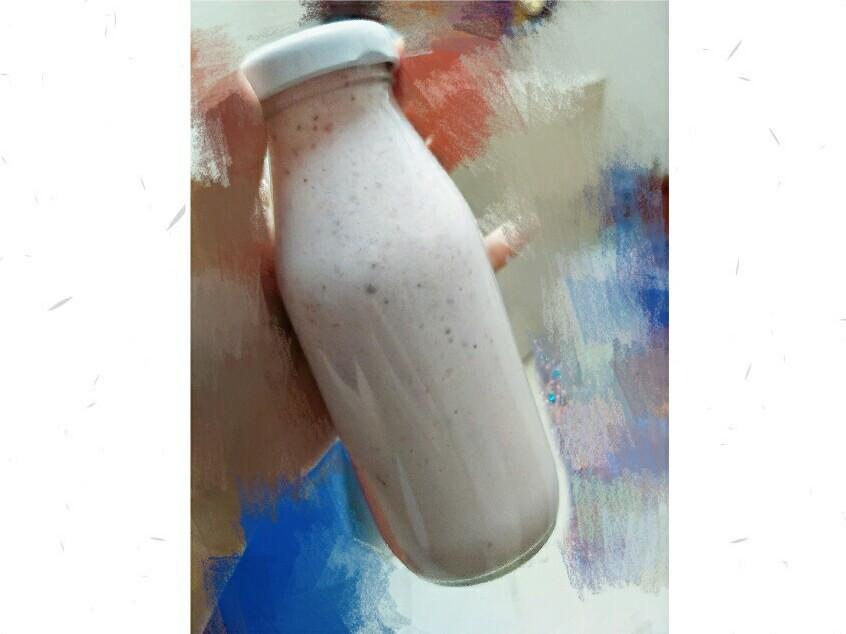 草莓鮮奶🍓(冬日限定❄)