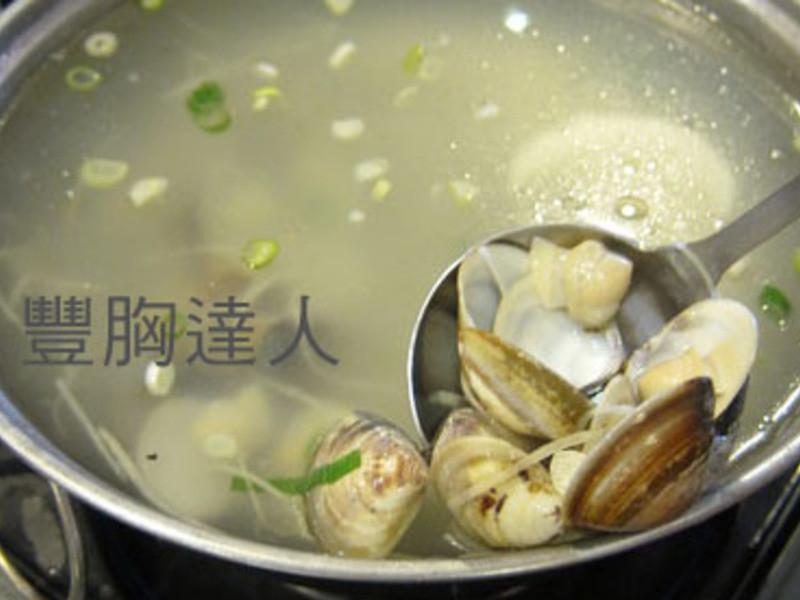 豐胸食譜:青木瓜蛤蜊湯