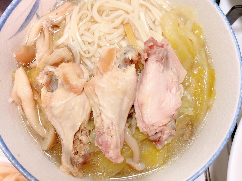 高麗菜菇菇雞湯(0失敗、懶人電鍋版)