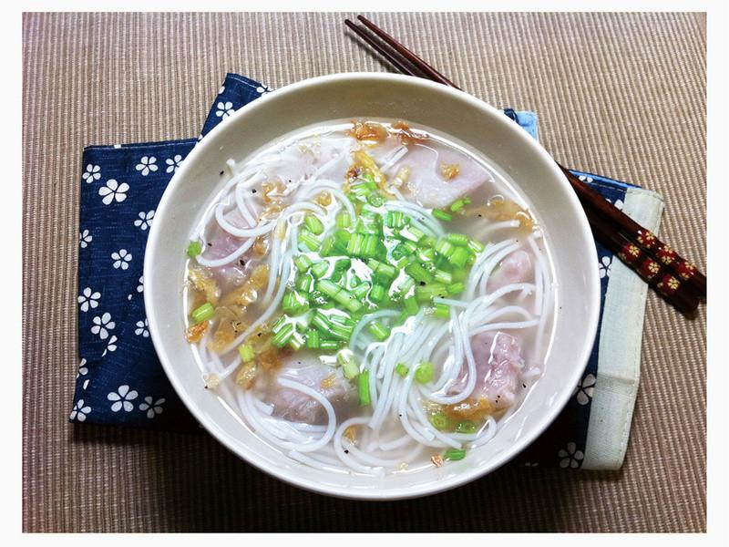 芋頭米線湯