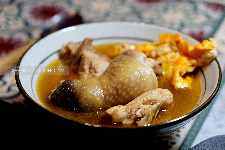薑香麻油雞湯