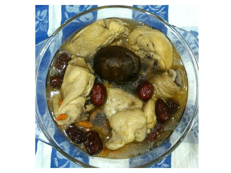香菇紅棗枸杞雞湯