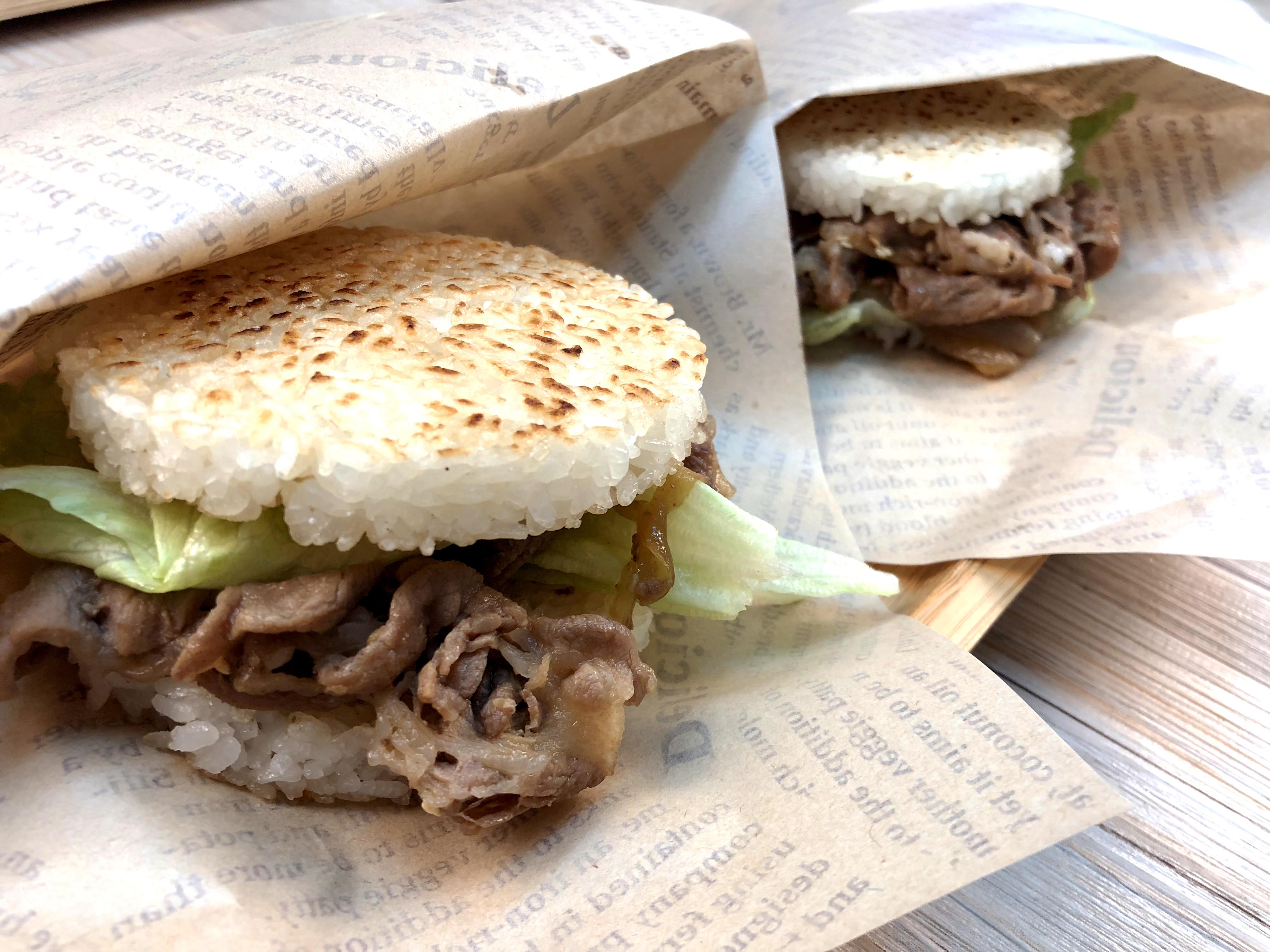 超簡單【燒肉米漢堡】