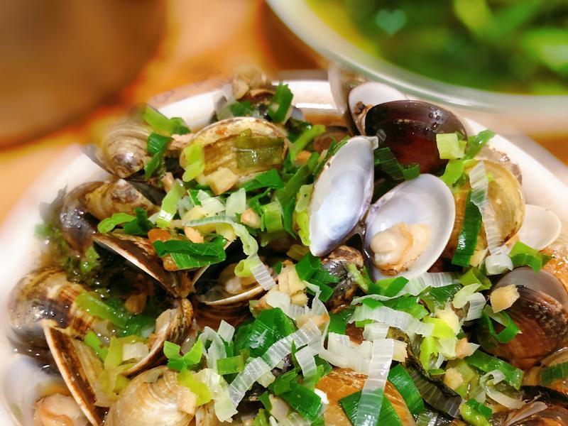微波料理—塔香蛤蜊肉末。可用電鍋一鍋到底