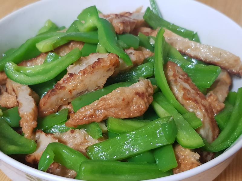 青椒炒牛蒡天婦羅