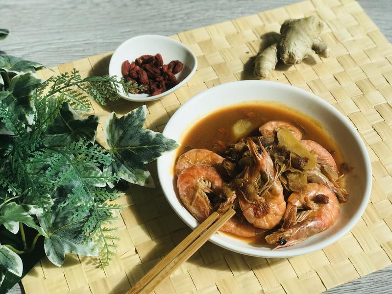 無水料理.麻油鮮蝦/0水鍋