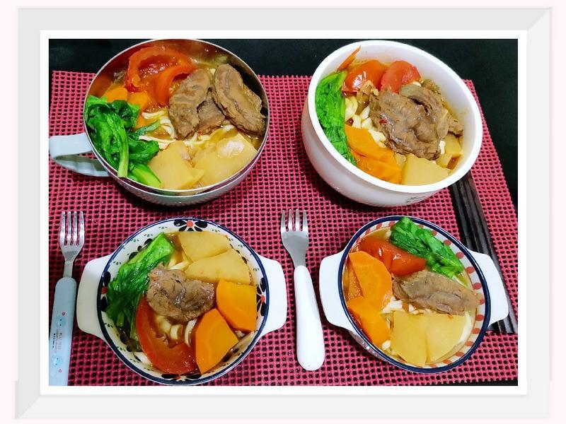 番茄🍅紅燒牛肉🍖麵【幸福電鍋料理】
