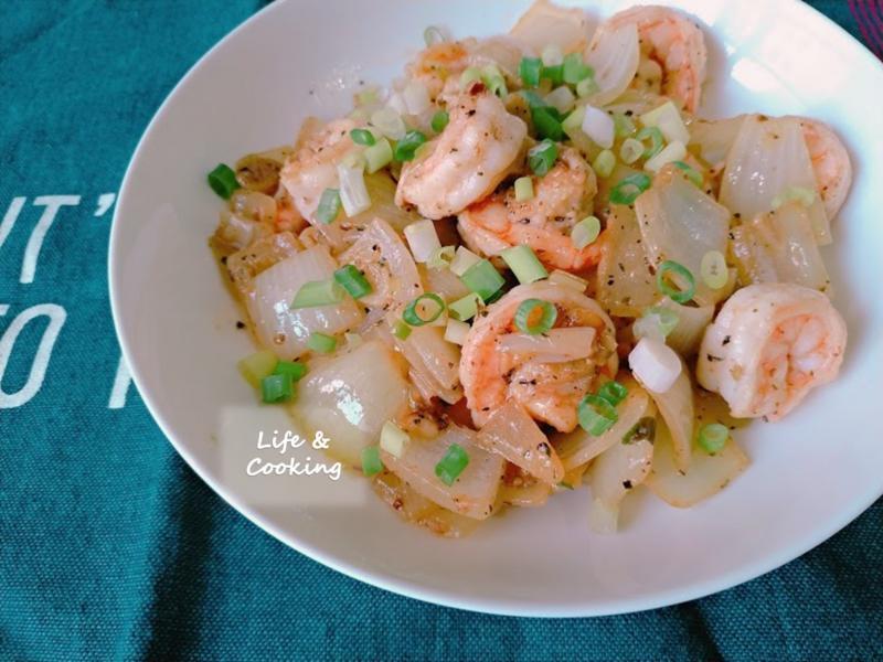 【家常菜】奶油洋蔥蝦