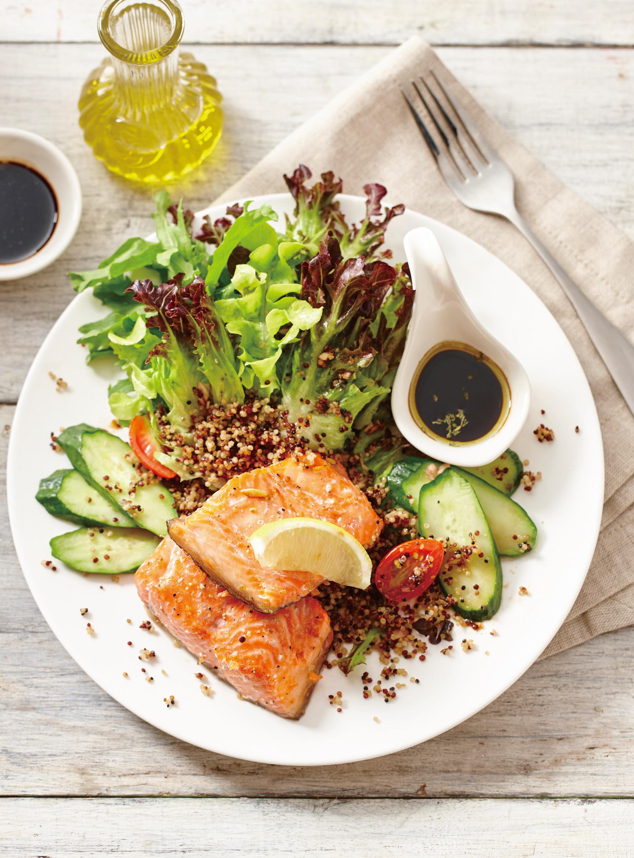 檸香鮭魚排藜麥油醋沙拉