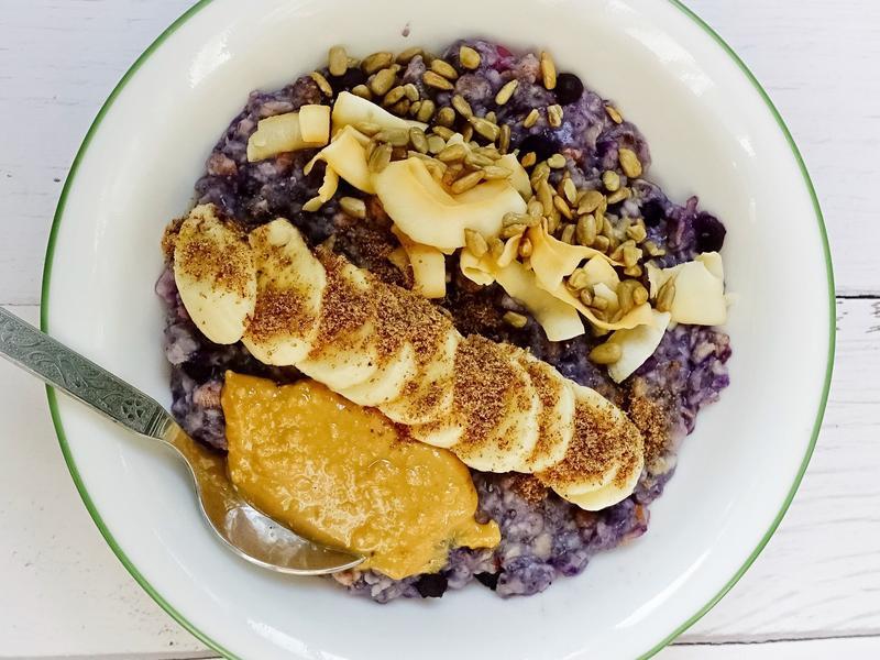 藍莓奇亞籽燕麥粥