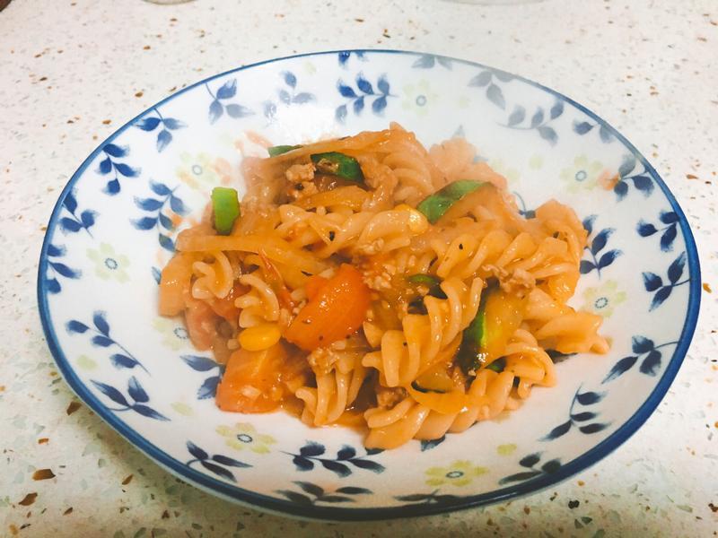 🍙諾麻小灶咖🍙番茄肉醬螺旋麵🍝