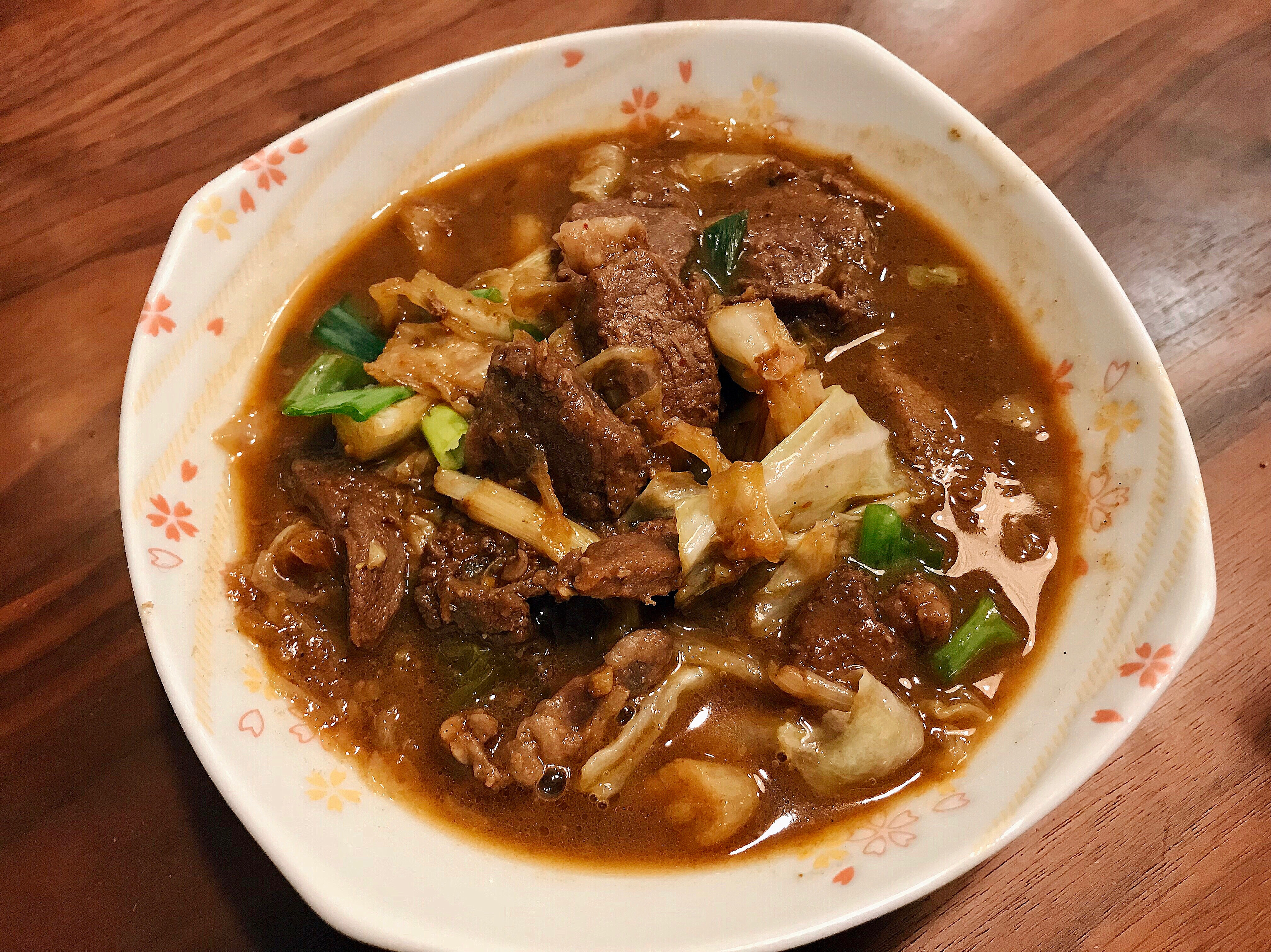 高麗菜沙茶牛肉