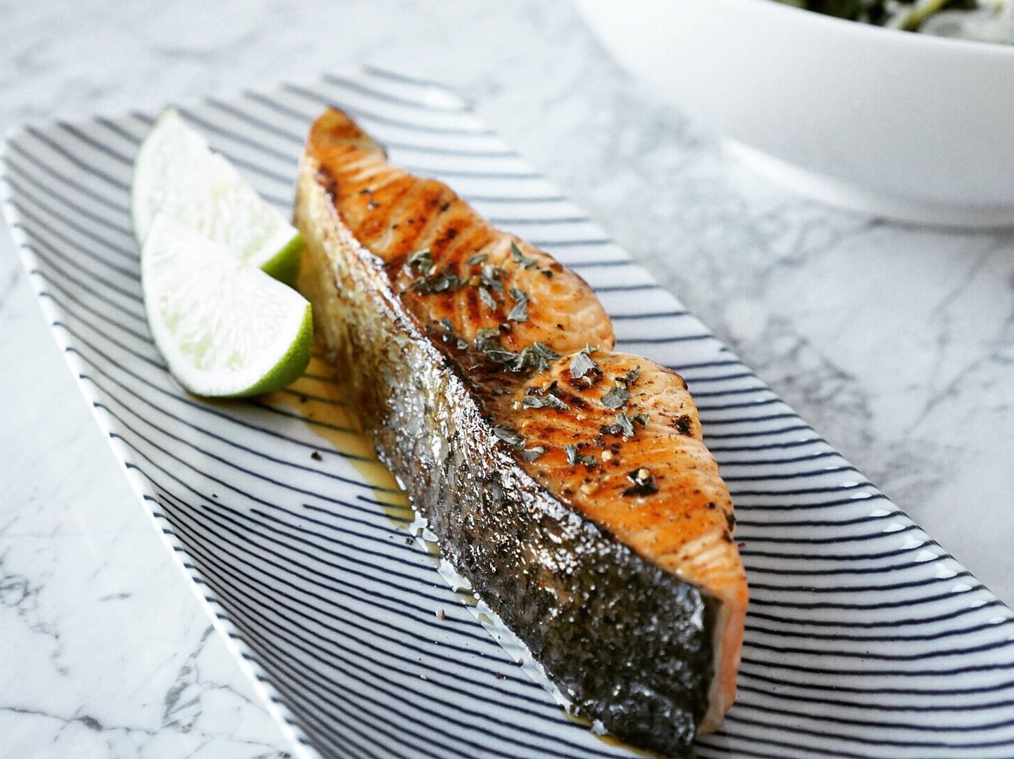 香煎檸檬鮭魚(少油健康版)