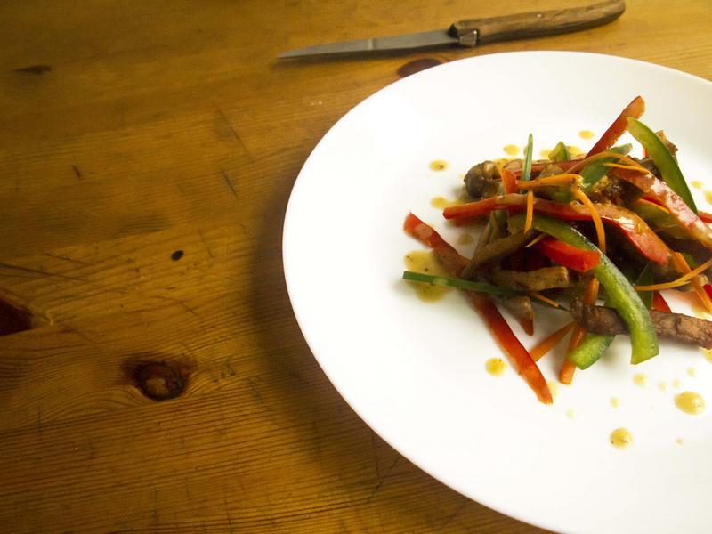 青椒肉絲溫沙拉