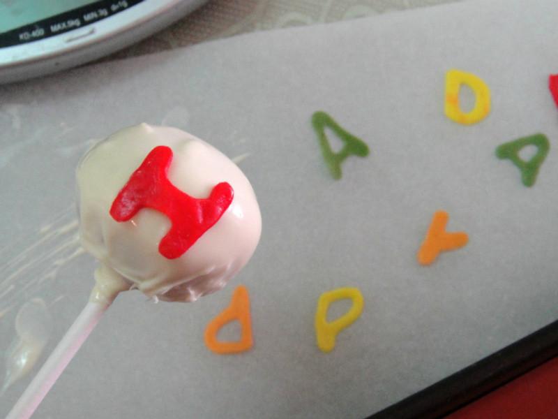 蛋糕棒棒糖! Cakepop 蠟燭新點子