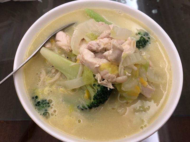 【輕食上菜】❸低卡濃湯小火鍋