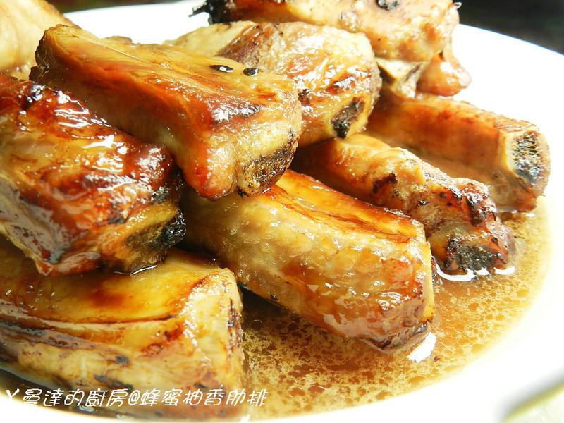 ㄚ曼達的廚房~蜂蜜柚香肋排