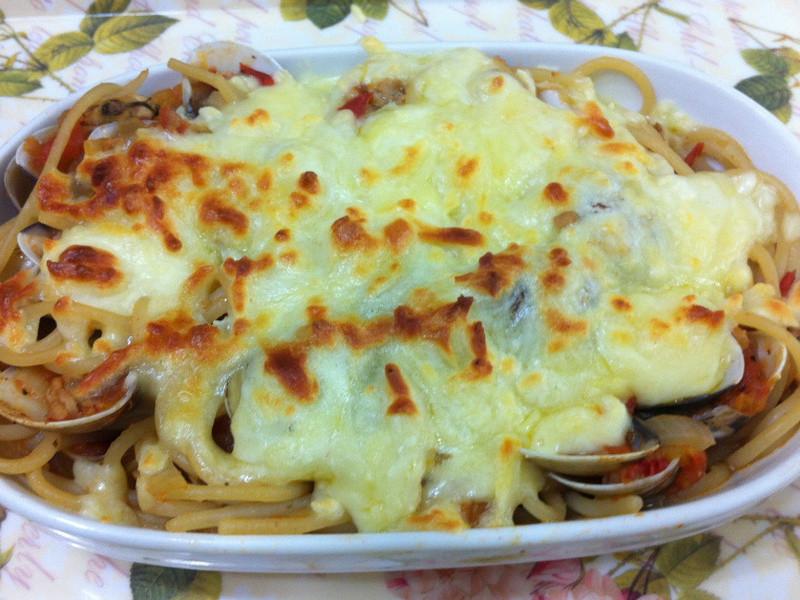 【薇薇安 私房小廚】焗烤蕃茄羅勒義大利麵