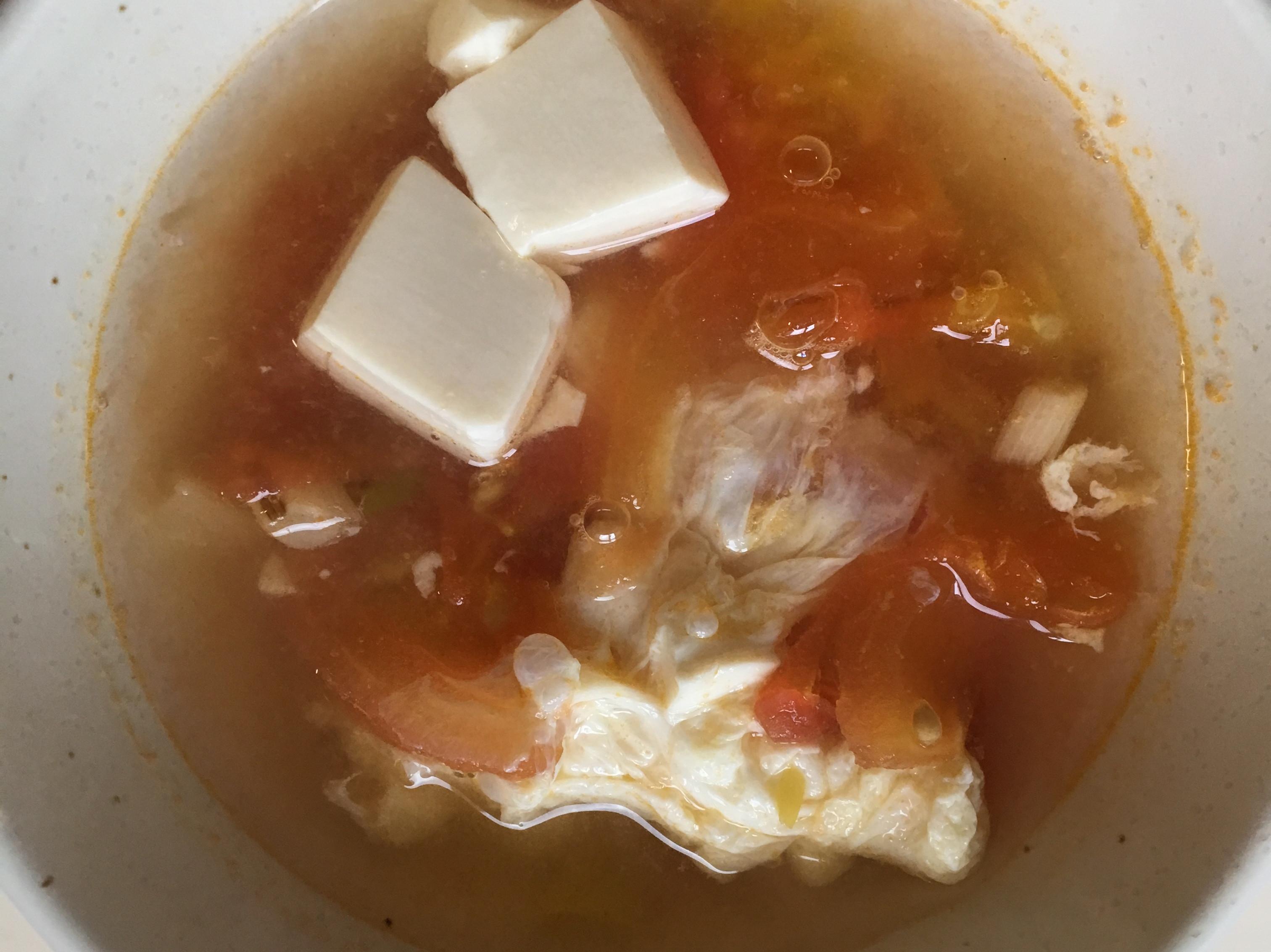 番茄豆腐蛋花湯