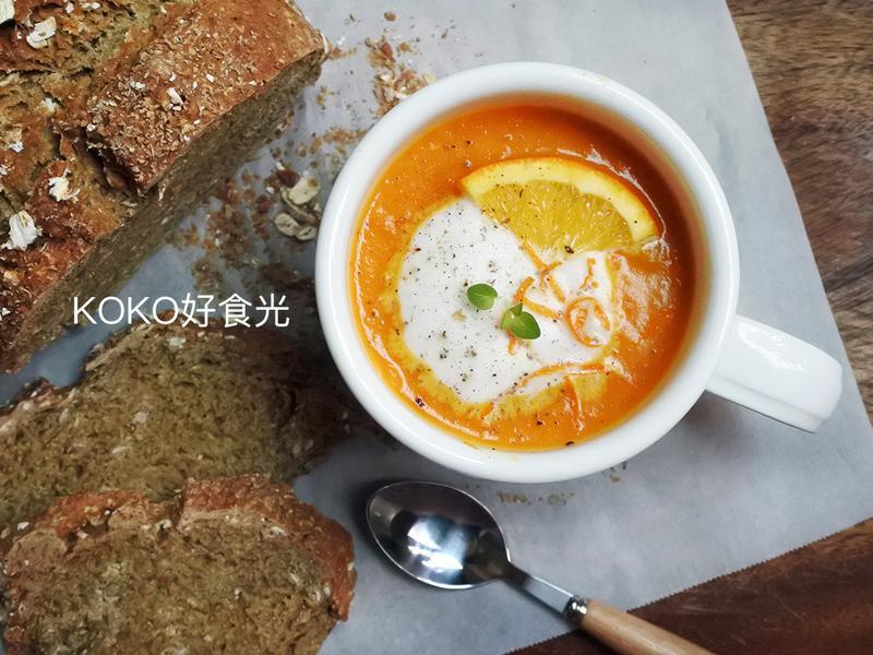 柳橙紅蘿蔔濃湯
