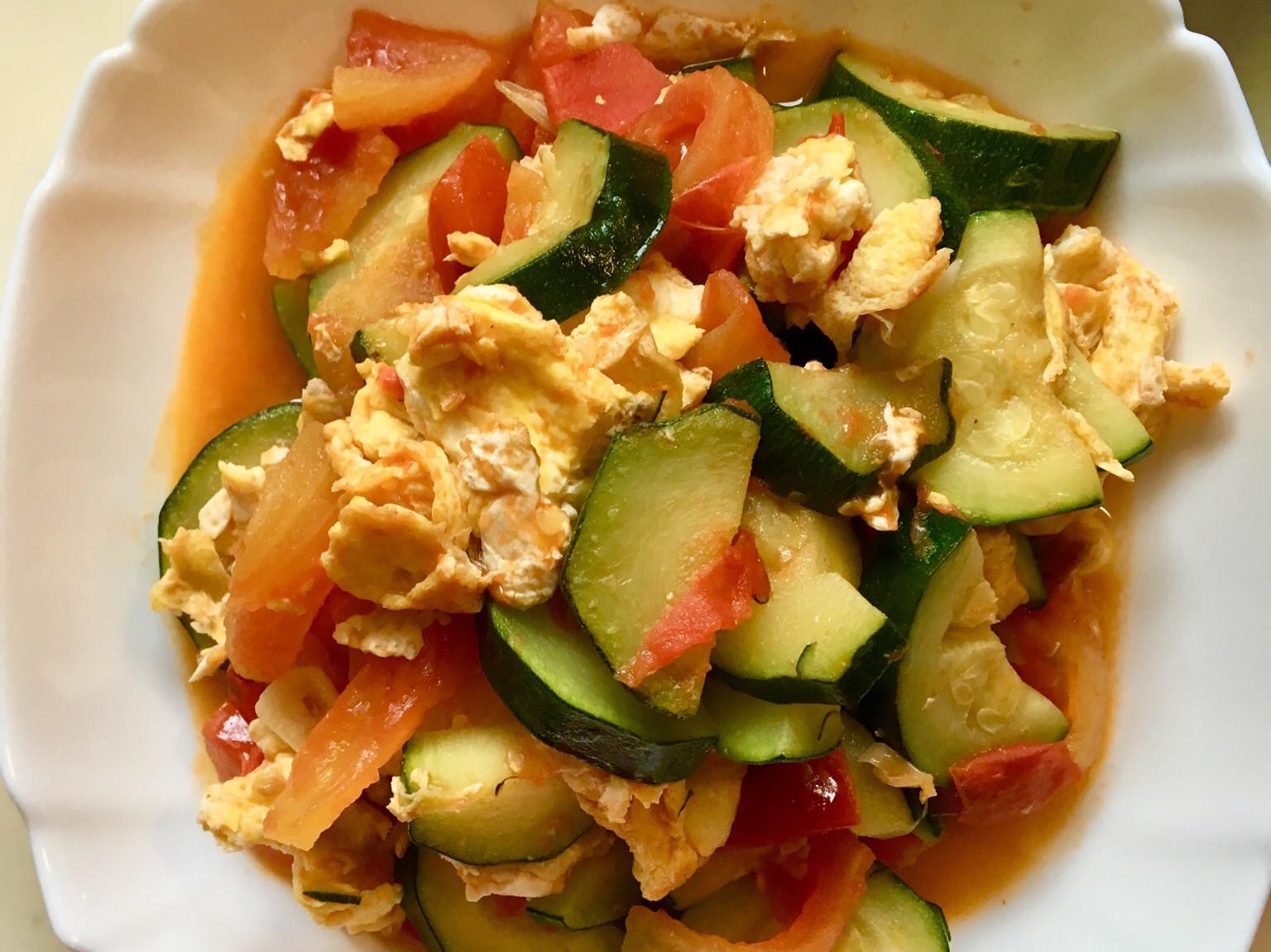櫛瓜番茄炒蛋