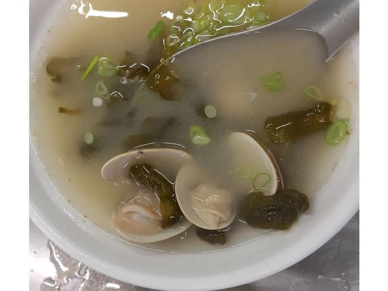 雨來菇味噌海鮮湯
