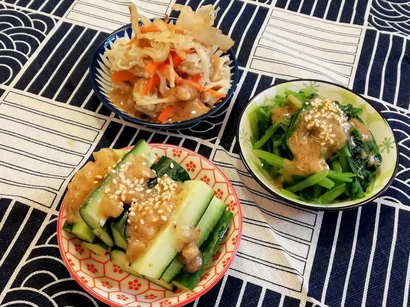 《胡麻醬》三種小菜~菠菜、金針菇、小黃瓜