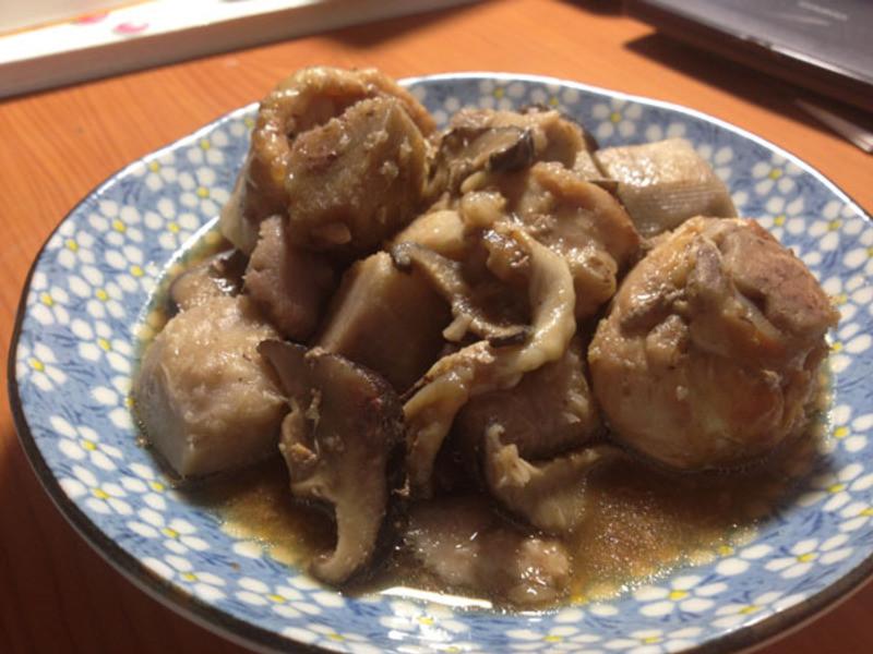 【大同電鍋料理】芋香燒雞