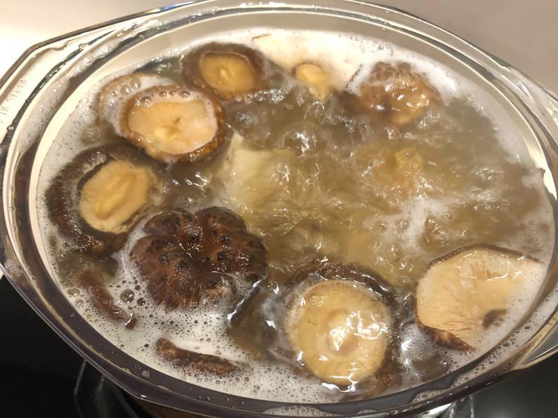干貝香菇雞湯
