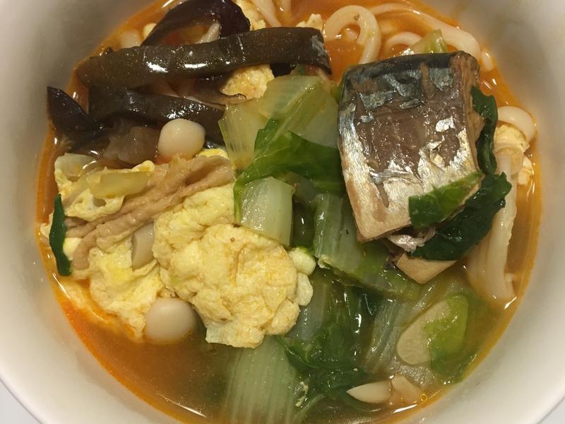 茄汁鯖魚罐頭煮麵