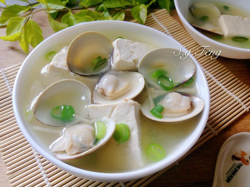 味噌豆腐蛤蠣湯