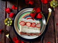 鮮奶油草莓吐司