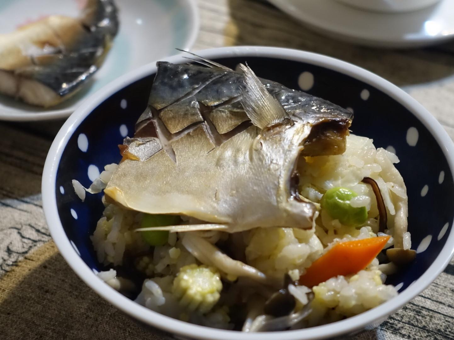 高麗菜鯖魚炊飯(蒸氣烘烤爐 大黑食譜)