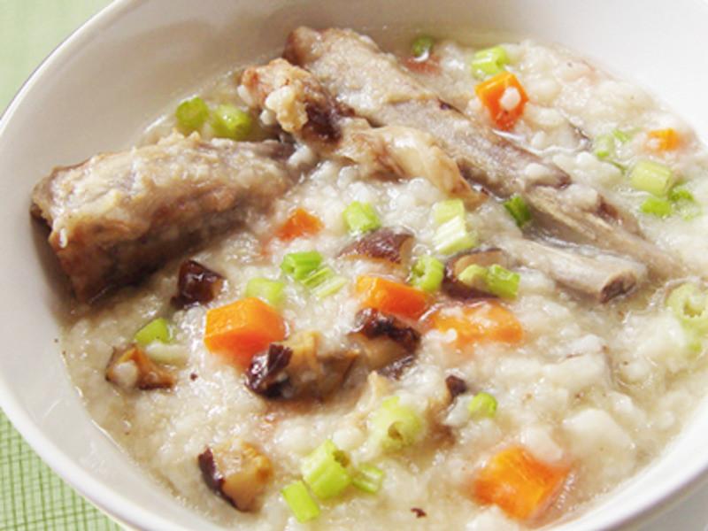 【厚生廚房】香菇排骨燉粥