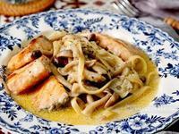 蒜香白醬鮭魚義大利麵 - 完美白醬比例
