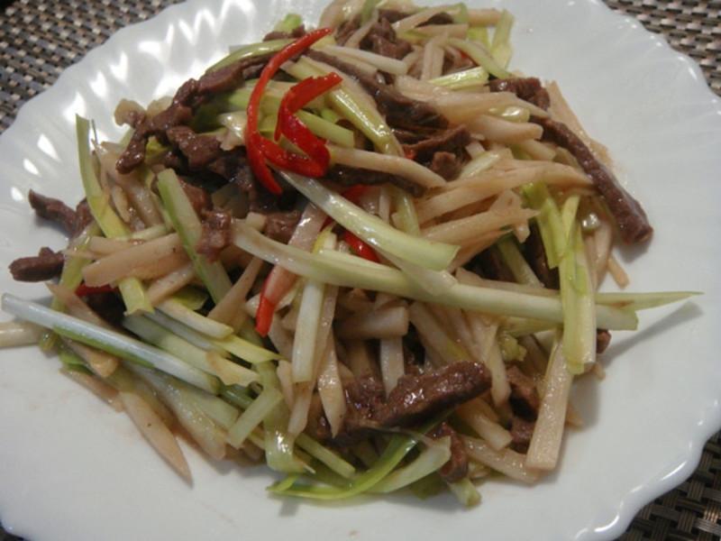 韮黃炒牛肉
