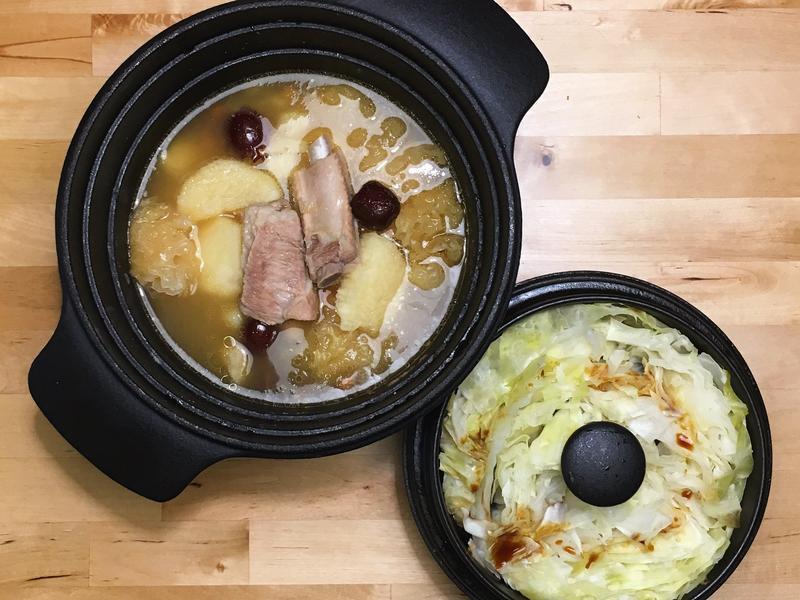 山藥排骨煲湯+清蒸高麗菜
