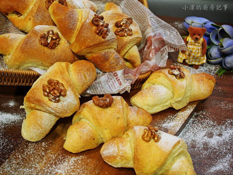 楓糖蜜核桃麵包捲