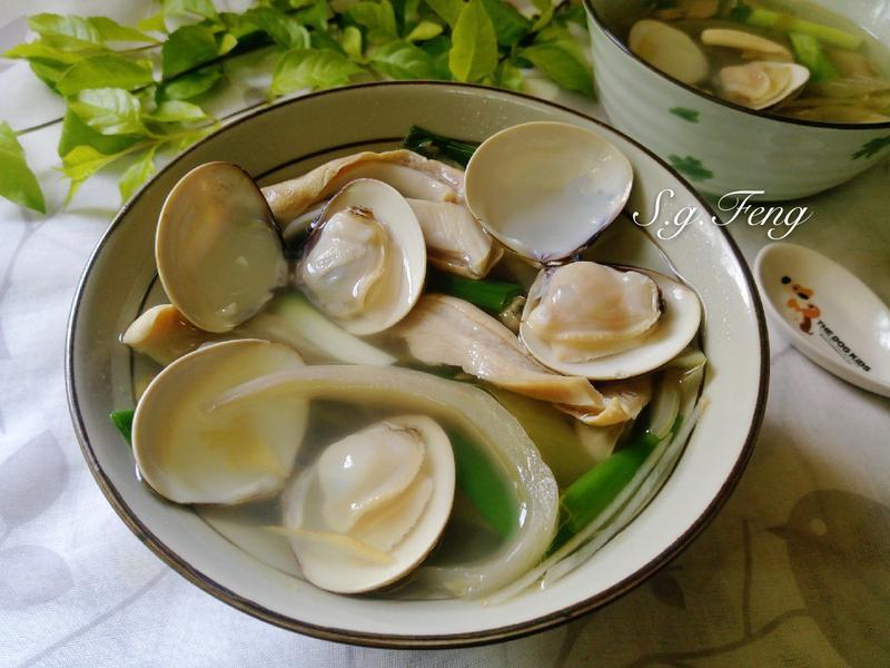 酸菜豬肚蛤蠣湯