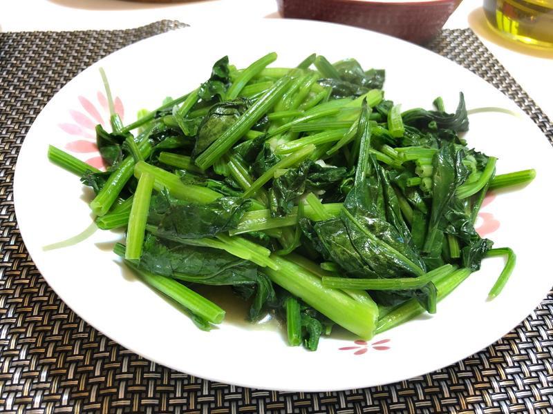 大蒜炒菠菜
